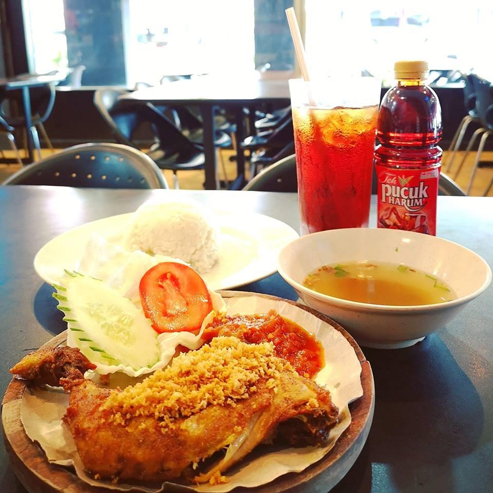 Ayam Penyet AP Restaurant @Bandar Sri Permaisuri